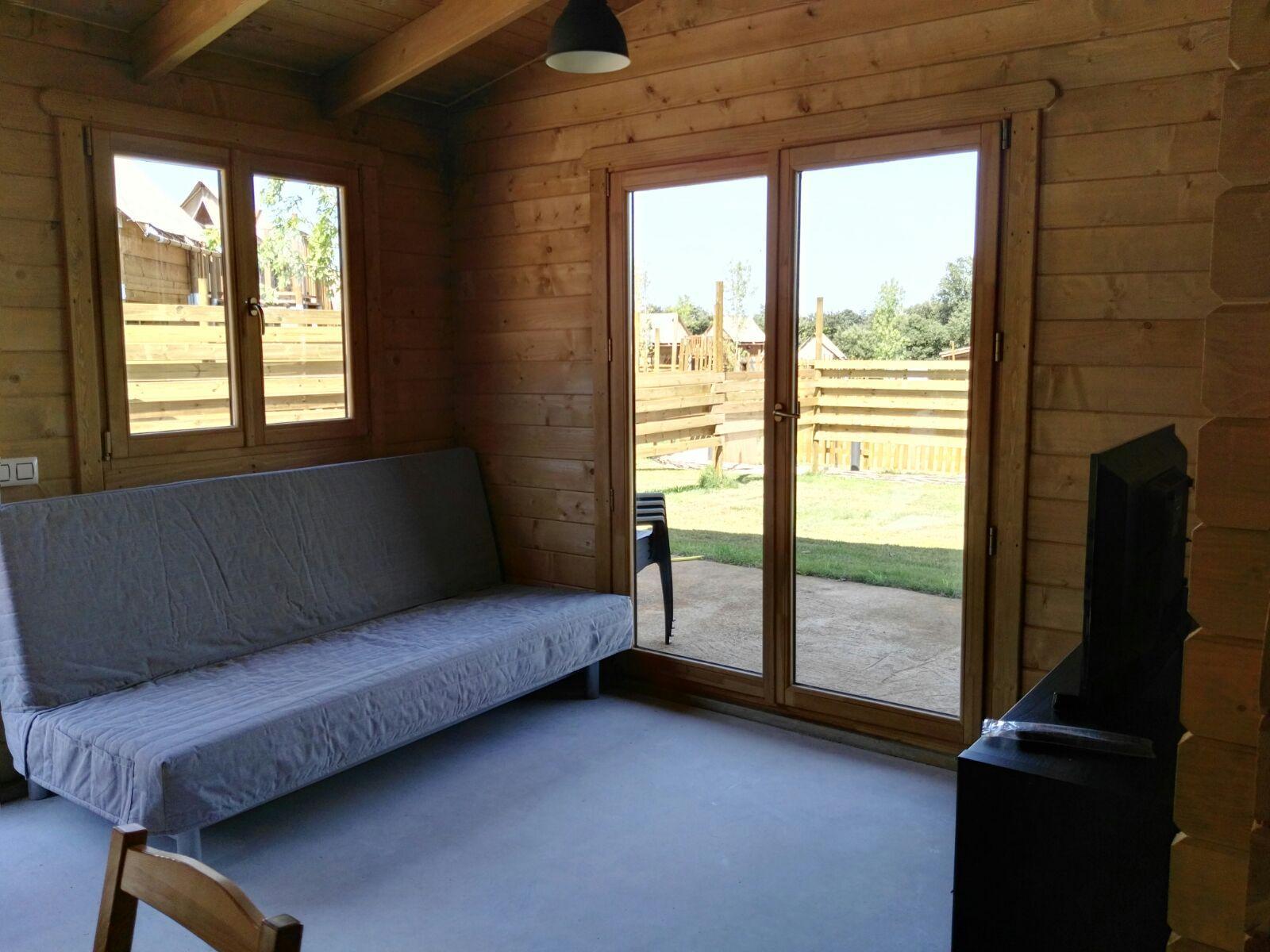camping rural montori 18258 Salón comedor chalet de madera